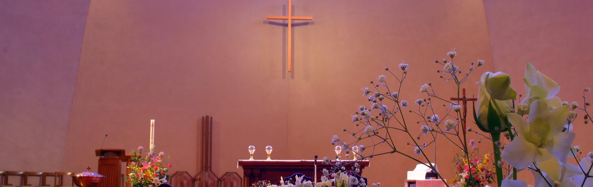 結婚式の祭壇